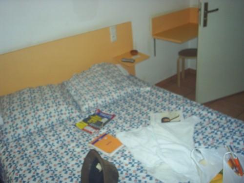 Chambre d'hôtel marseillaise.JPG
