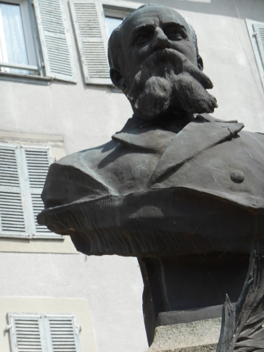 Même bustee du Dr Parrical de Chammard.JPG