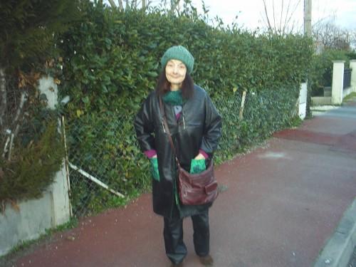 Ma petite femme en vert.JPG