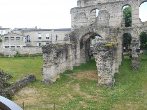 Amphithéâtre, dit palais de l'empereur Galllien, Bordeaux.JPG
